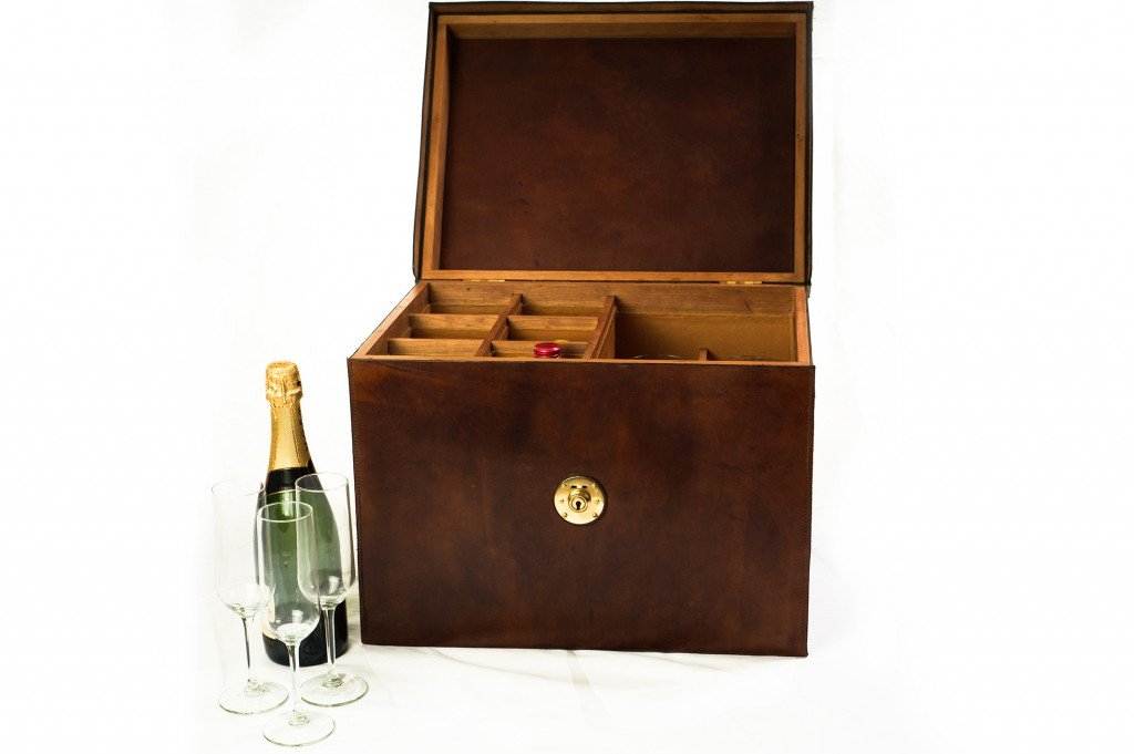 Wine Box:- 6 Bottle 6 Glass leather and Oak